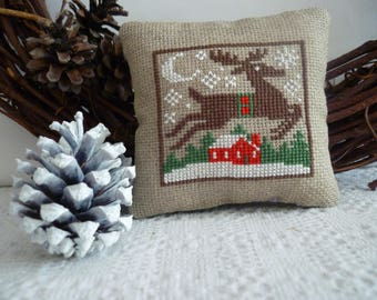 Christmas pillow cover decorative reindeer Santa cross-stitched Christmas decoration