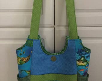 Scoop neck bag