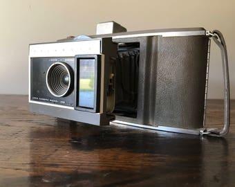 Original Polariod Land Camera J66