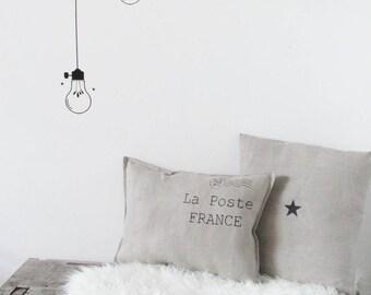 Natural linen cushion post. Flea market style