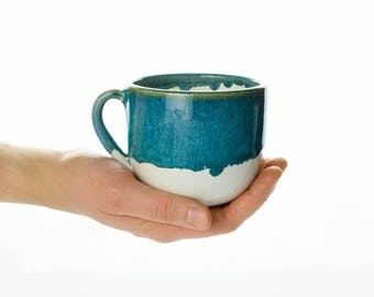 Cup in blue and white with handle//teacup for cosy breakfast//harmonious shape with green glaze//Ceramic Cups