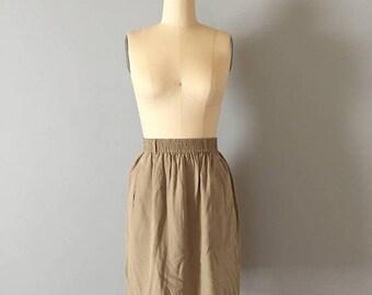 20% OFF SALE... 80s Liz Claiborne silk mini skirt || sage green silk mini skirt || new old stock skirt