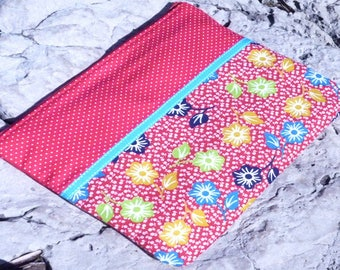 Kit flat tablet, padded and lined, vintage floral red, turquoise Ribbon
