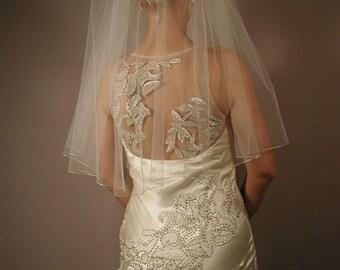 "30"" Elbow Length Wedding Veil with Silver Pencil Edge"