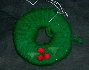 CHRISTMAS WREATH WOOL - Handmade (Heather Cantin)