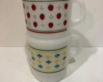Two Termocrisa Stackable Mugs