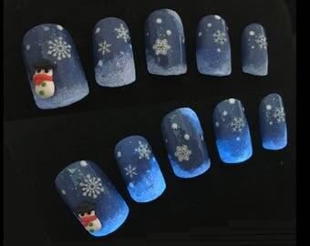 Glow in the dark nail art