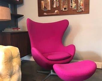 Authentic Arne Jacobsen for Fritz Hansen Egg Chair & Ottoman