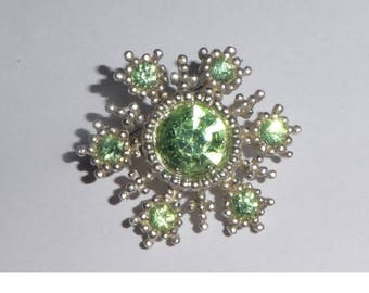 Vintage Brooch with Lime Green faceted stones. 1950s