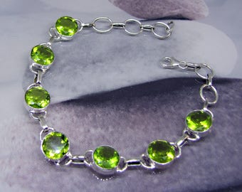 Peridot 925 silver bracelet. Green gemstone and sterling silver jewelry. Gift for women