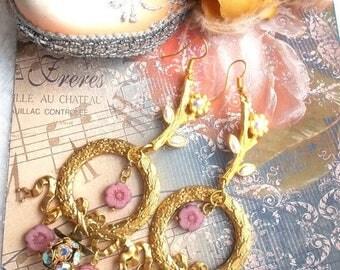golden earrings Bohemian flowers and rhinestones