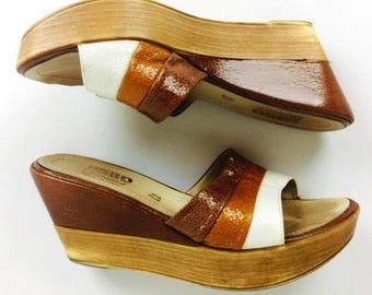 70's Italian earthy glam boho patent leather wedge slide sandals