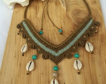 Shell macrame necklace Beach and newhippie