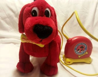 RARE-Clifford the Big Red Dog Remote Controlled Toy- VINTAGE