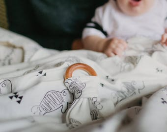 Black & White Buffalove /// Organic cotton knit baby swaddle blanket