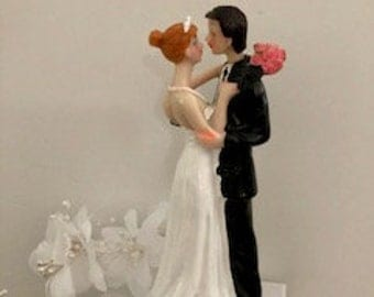 Personalized Wedding Cake Topper Figurine Bride Groom Decorations Romantic Supplies.Wedding Accessories.Flowers and dance.Personalized hair.