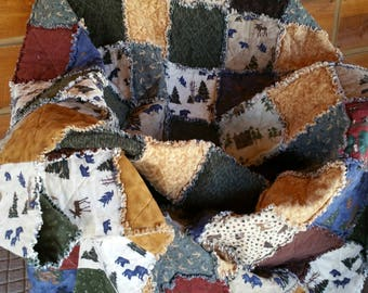 Bear and Moose Theme Rag Quilt