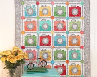 NEW Picture Day Camera Quilt Kit with Spelling Bee Book Bee Basics by Lori Holt