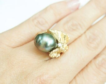 Massive Estate 13.7mm Black Tahitian Pearl & Diamond Ring 14k Yellow Gold, 13.5g