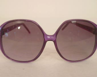 Vintage sunglasses, 1980s sunglasses, purple sunglasses, Liz Claiborne, oversized sunglasses, Vintage eyewear