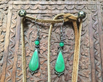 Vintage Green turquoise and silver earrings