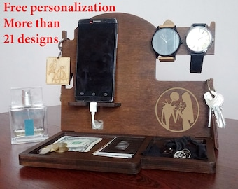 Mens wood Docking Station Men Personalization Docking Station Organizer Docking Stand Wood Phone holder wood Charging stand for phone Wooden