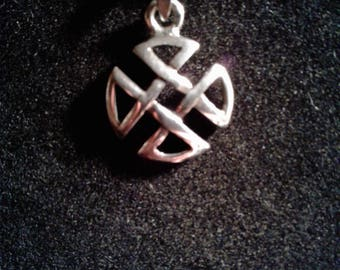 Sterling Silver Celtic Knot Charm #829