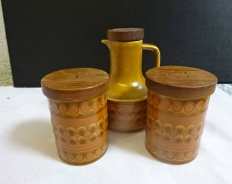 Hornsea Pottery Condiment Set/Salt & Pepper Pots/Vinegar Jar/Saffron/Retro/Vintage/1970s