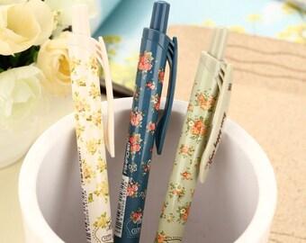 Retractable gel pen with flowers