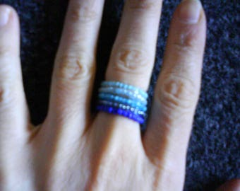 """LoliRosa Set Of 5 Stackable """"Blues"""" Glass Seed Bead Stretch Rings"""