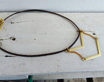 Leather choker necklace. Leather necklace. Minimal choker. Leather choker. Chevron Choker. Necklace leather Choker. Geométric necklace.