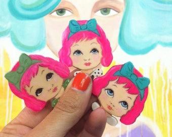 Brooch pink hair girls head vintage dolls head zoownatas