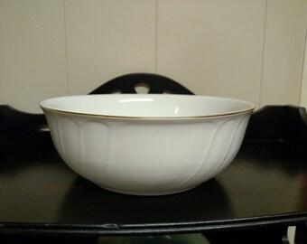 "Mikasa Wedding Band Gold 8"" Round Vegetable Bowl"