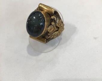 Bronze ring with labradorite