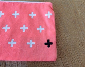 Case / box / bag / pencil case / pencil case / + / plus