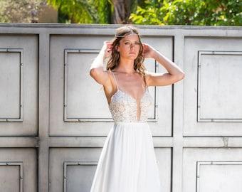 Bohemian wedding dress, Boho wedding dress,  Backless wedding dress, Vintage Wedding Dress, Lace wedding dress, Chiffon wedding dress