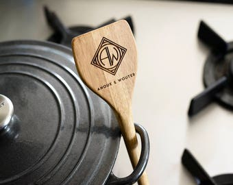 Personalised Bamboo stirring spoon with monogram, Wedding gift, Anniversary gift, Birthday gift, Housewarming gift, Engraved wood