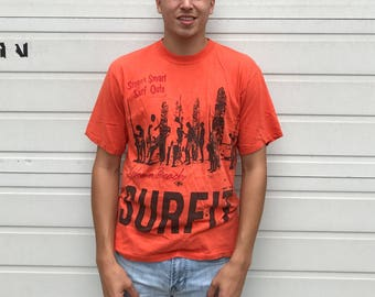 Vintage 70's T-shirt Lifes a Beach-Surf it-Soft material Size large Cotton Orange and black