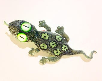 Original Green Lizard shaped and hand painted