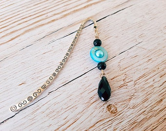 Bookmark with blue and black beads