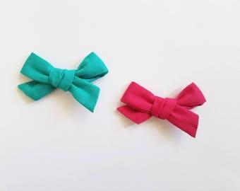 Handtied Allex bow