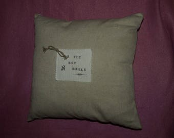 "SQUARE cushion ""life is beautiful"""