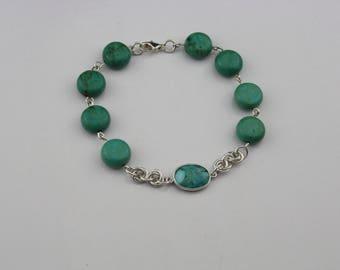 Turqoiuse genuine gemstone bracelet.