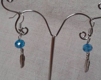 Earrings turquoise and small leaf