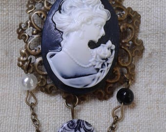 """brooch """"black and white cameo"""""""