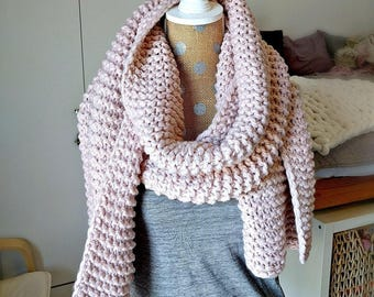 Chunky Knit Super Scarf - Oversized Knitted Long in Powder Pink