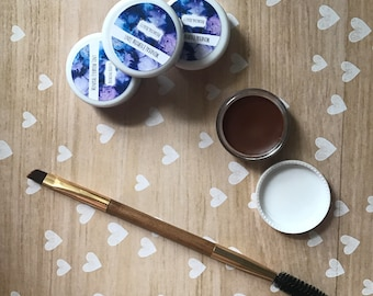 Natural mineral eyebrow filler with brush - Made with oils to encourage hair growth and health