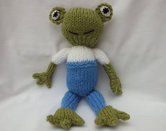 Hand Knitted Frogs, Soft Hand Knitted Animals, Frog Gifts for Christmas, Stocking Filler CE Tested