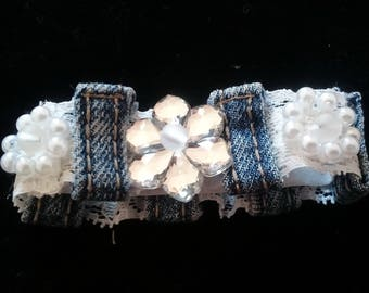 Jeans denim and lace bracelet, beaded lace bangle, denim cuff bracelet, beads embroidery, denim and lace, Handmade
