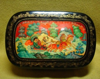 Vintage Soviet Russian lacquer box Mstera Hand Painted